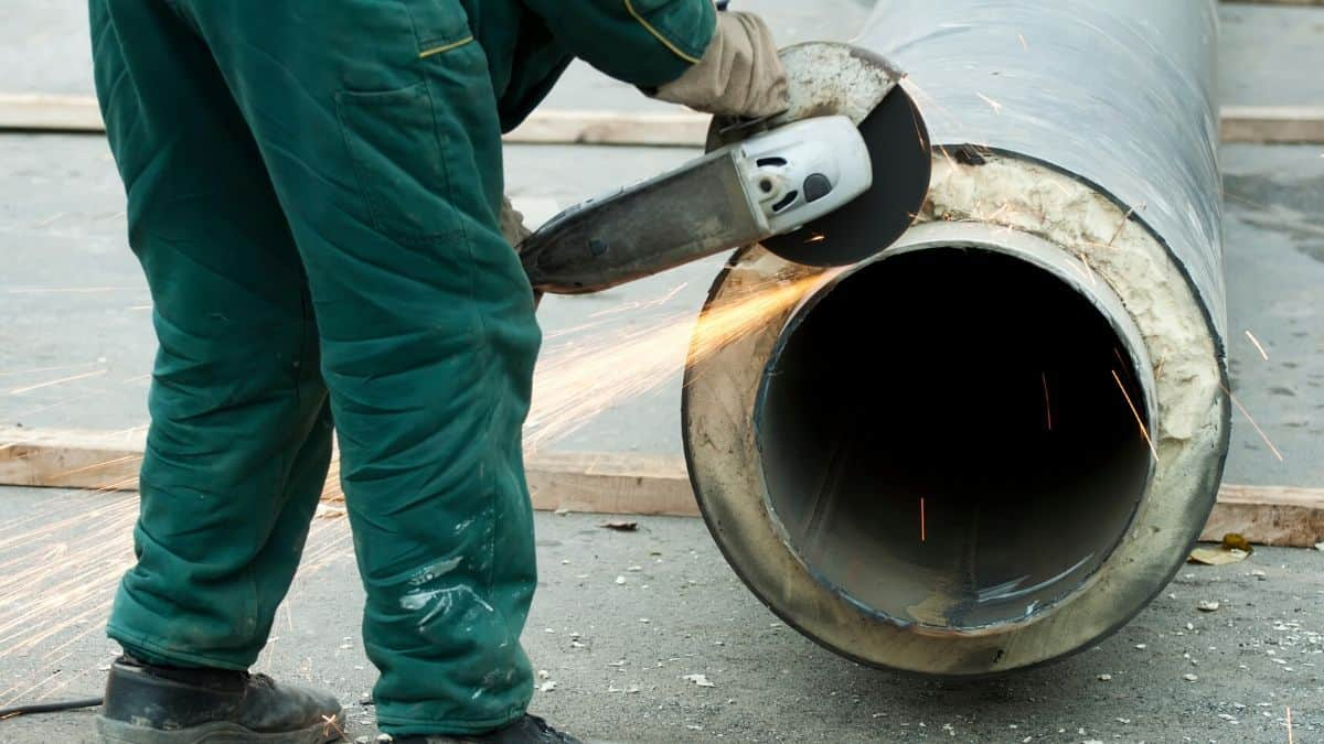 How to Cut Steel Pipe with Sawzall