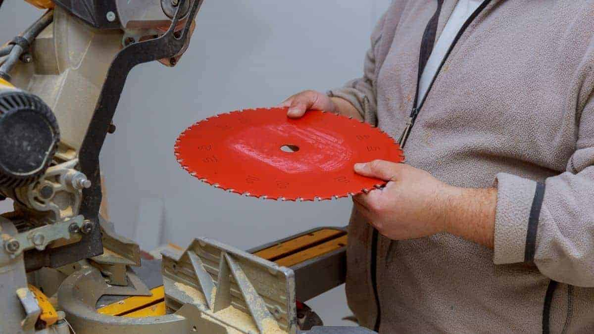 Best Miter Saw Blade for Fine Cuts