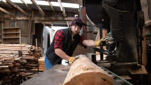 How to Use a BandSaw Safely