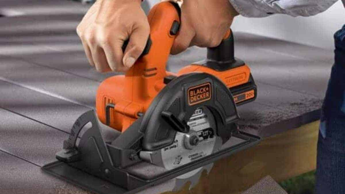 Black and Decker 20v Circular Saw Review