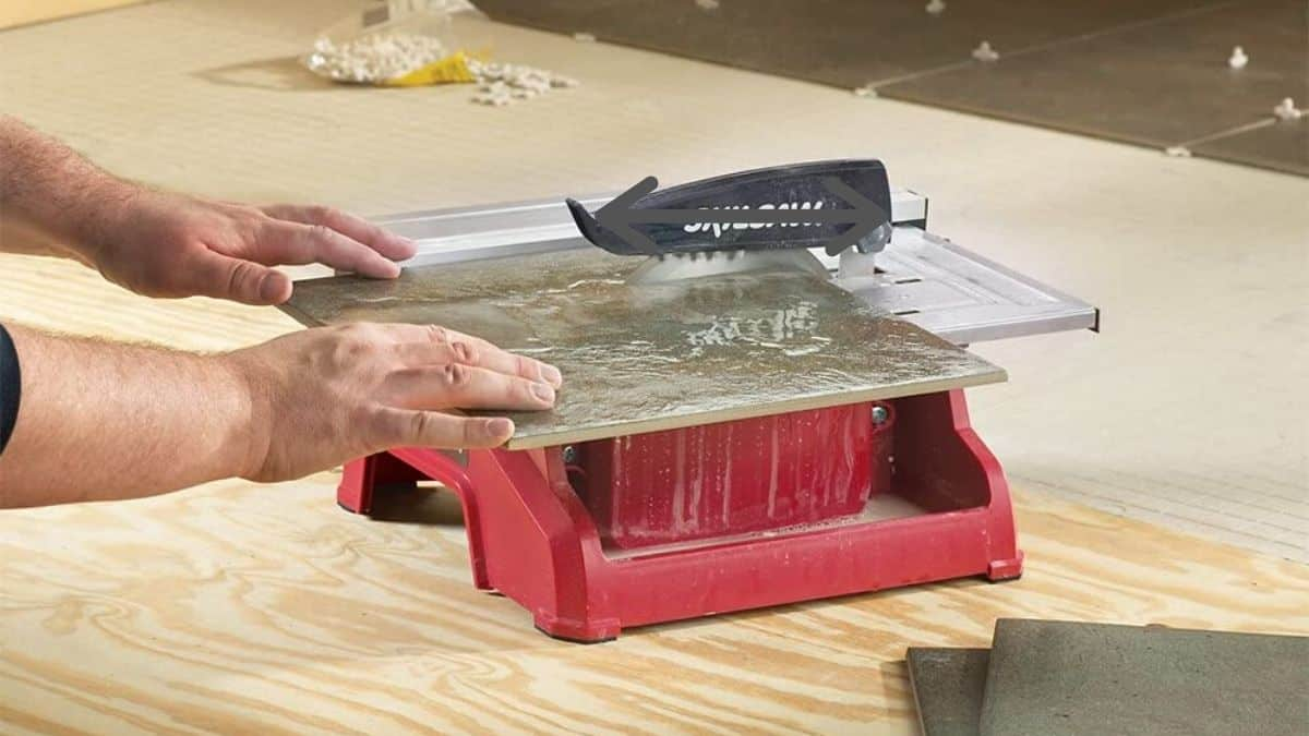 best wet tile saw under 300$